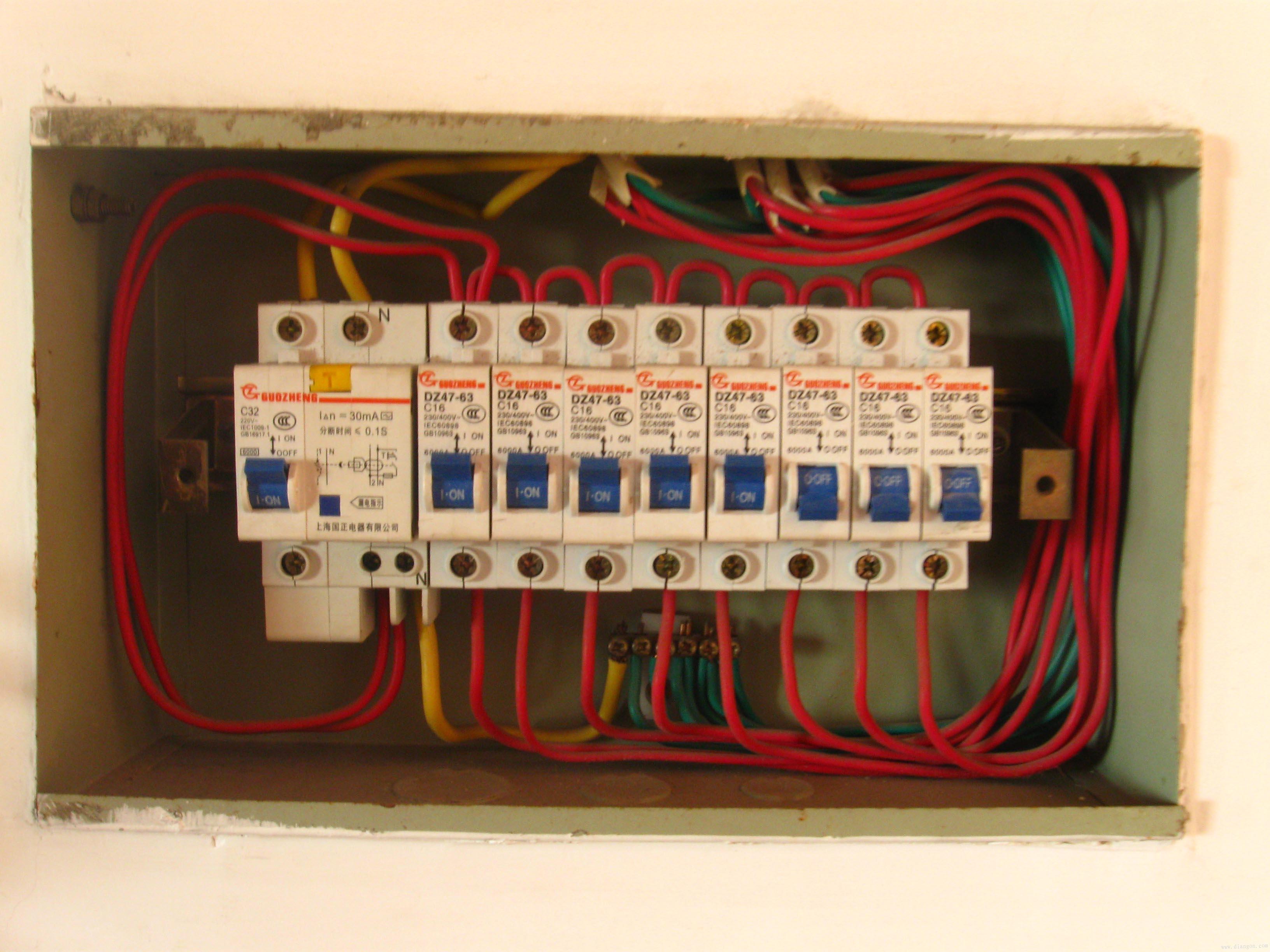 220电闸接线图
