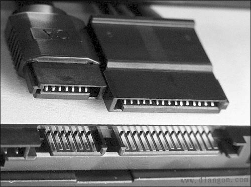 硬盘电源线接法图解图片