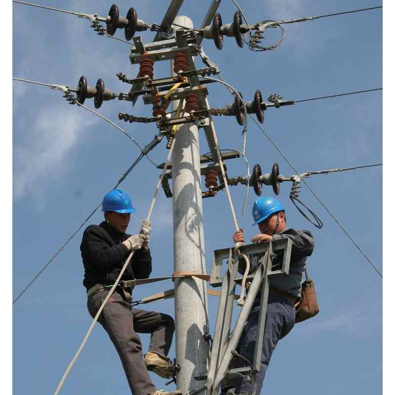 自锁与互锁,是每个电工都必须掌握的基础知识,但往往新手电工对此比较容易混淆。自锁与互锁的含义自锁与互锁需要用到的元件一般来说,最常用的元件是接触器和继电器(二者原理相同)。自锁与互锁的作用自锁与互锁均对电路有一定的保护作用,主要目的是为了防止电路失压,维护电路的正常运行。自锁与互锁的定义自锁:依靠接触器自身辅助触头 .