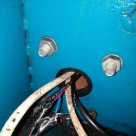 当变频电路调速主电机不转时是这样一步步找出故障点的
