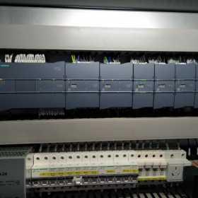 PLC上电下程序后故障红灯亮怎么办?本文实例讲解