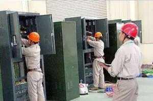 电工作业时需提高交叉作业风险分析和防范