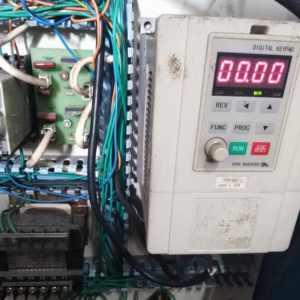 变频器电路的典型结构