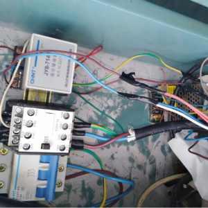 是什么让一千块一月的电工做的很满意