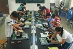 为什么电工工作是好孩子不愿干,孬孩子干不了!