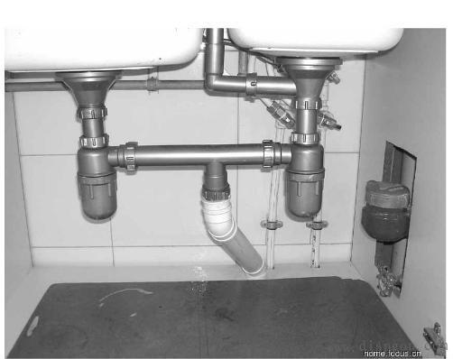 家装电路施工图解以及厨房下水管如何安装,收藏多学学! - 俊哥儿的日志 - 网易博客 - 东北老狼 - 东北老狼