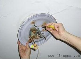 吸顶灯怎么安装 吸顶灯安装图解