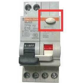 """漏电断路器上突出黄白按钮""""写着每月按一次""""到底有什么用?"""
