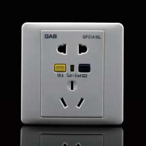 如何保证电热水器的安全性?电热水器是如何电死人的?防止洗澡触电的三层屏障