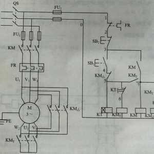 星三角降压启动电路控制原理