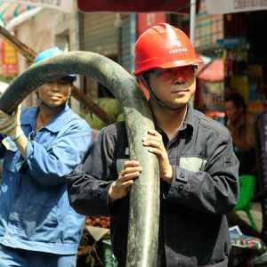 电工作业需警惕误挖断光缆、电缆风险