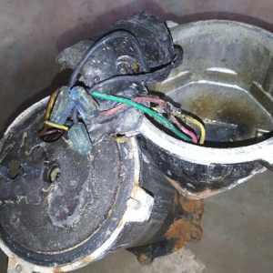 电工被抽水泵炸伤的后