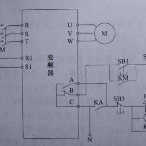 变频器跳闸保护电路