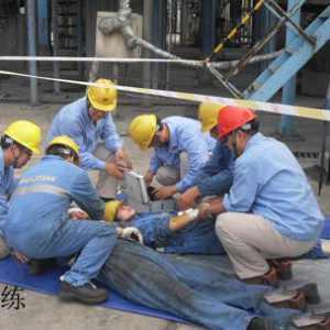 为什么最受伤的人总是一线工人?从一起血腥的机械伤害事故谈起