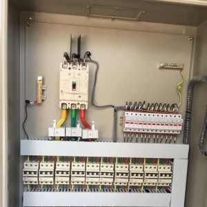 上下左右前后   专业人士告诉你电控柜内部该如何分层布置